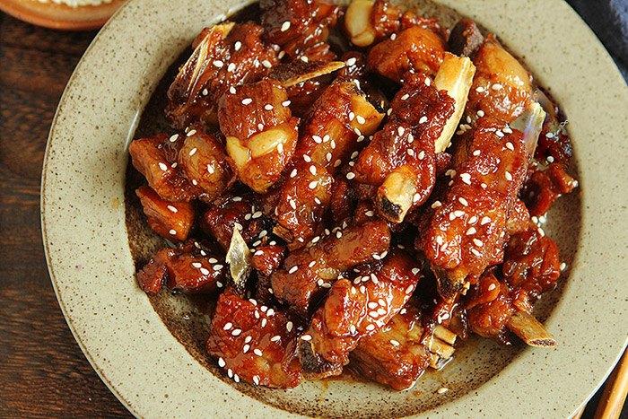 Làm sườn xào chua ngọt kiểu này nhớ nấu nhiều cơm, kẻo ăn xong lại phải thòm thèm vì thiếu - 5