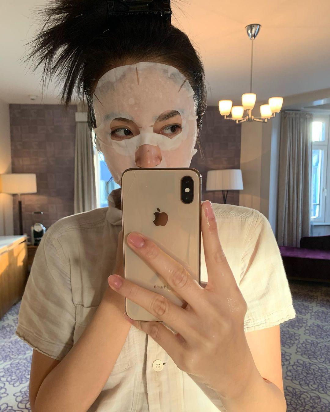 """Từng được hô tên """"Hoa hậu Chuyển giới đẹp nhất Thái Lan"""", Nong Poy giờ mờ nhạt nhan sắc - 14"""