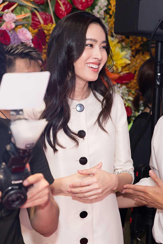 """Từng được hô tên """"Hoa hậu Chuyển giới đẹp nhất Thái Lan"""", Nong Poy giờ mờ nhạt nhan sắc - 4"""
