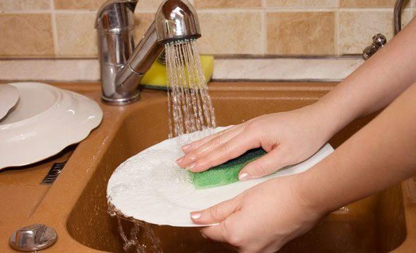 Muốn rửa bát nhanh, sạch mà không tốn sức cần chú ý 5 điều sau đây - 6