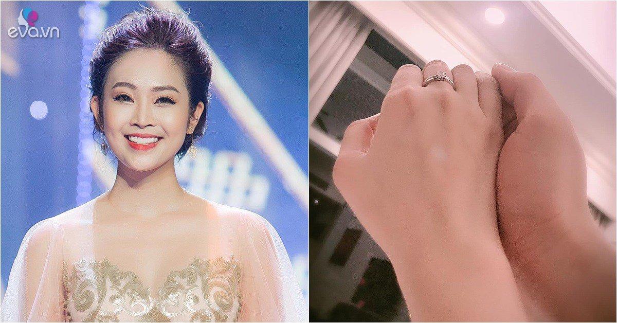 Sao Việt 24h: Dàn sao rầm rộ mừng MC có nụ cười đẹp nhất VTV sắp lấy chồng kém tuổi