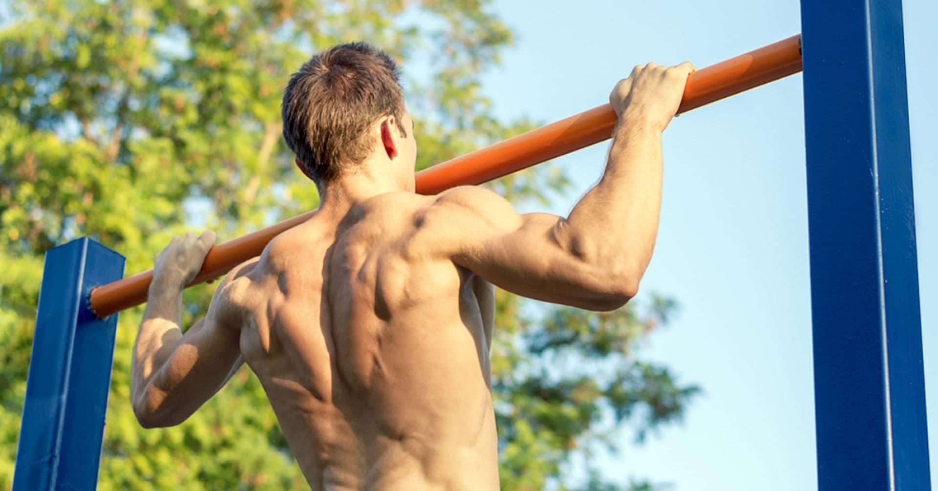 Hội nam thần Vbiz tập gym giảm cân có múi, riêng Kim Lý rèn body vì lí do cao cả - 12
