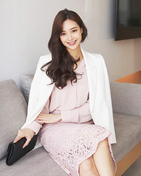 Kết hợp blazer với 4 kiểu áo này, nàng mặc đơn giản mấy cũng đẹp bất chấp trong mùa lạnh - 8