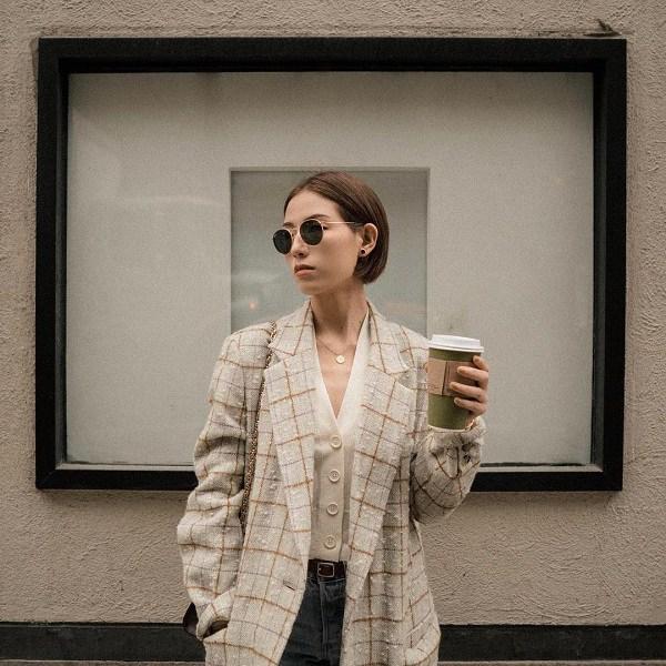 Kết hợp blazer với 4 kiểu áo này, nàng mặc đơn giản mấy cũng đẹp bất chấp trong mùa lạnh - 11