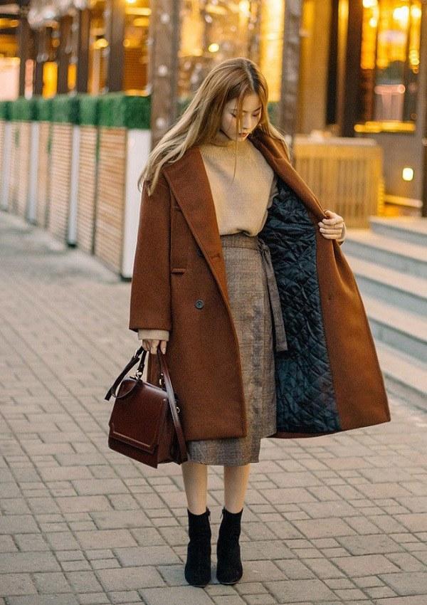 Diện chân váy đi làm mùa lạnh, nàng cứ phối đồ như thế này là đủ đẹp ngất ngây - 16