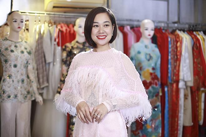 Nữ hoàng truyền cảm hứng Đỗ Thị Vân Anh duyên dáng chọn áo dài - 2