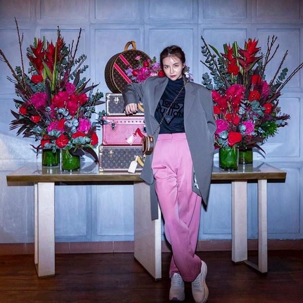 Học ái nữ tỷ phú Singapore chọn vài món cơ bản mà sang, nàng mặckiểu gì cũng chuẩn nhà giàu - 9