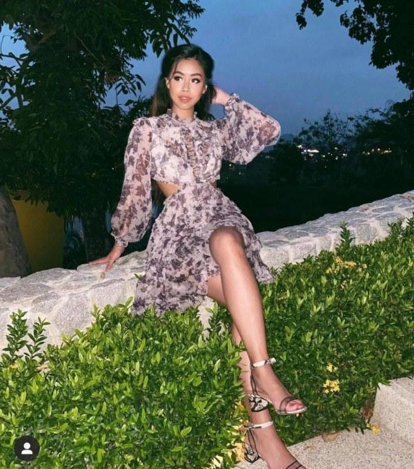 Chán mặc gợi cảm, rich kid Tiên Nguyễn chuyển sang diện kiểu trang phục bị gắn mác amp;#34;váy bà bầuamp;#34; - 8