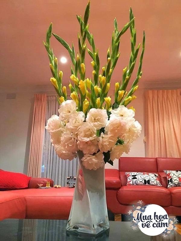 Nhìn hoa nhớ mẹ, 8X Việt ở nước ngoài cắm loại hoa chơi Tết đẹp siêu lòng - 9