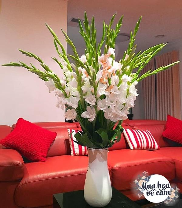 Nhìn hoa nhớ mẹ, 8X Việt ở nước ngoài cắm loại hoa chơi Tết đẹp siêu lòng - 10