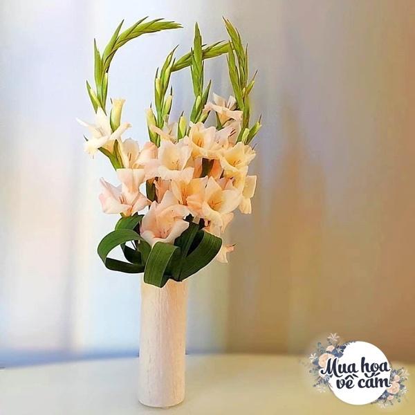 Nhìn hoa nhớ mẹ, 8X Việt ở nước ngoài cắm loại hoa chơi Tết đẹp siêu lòng - 11