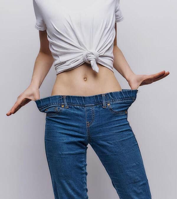Buông khoá quần khoe nội y chằng chịt, nữ DJ gây mê CĐM với body nuột như vẽ - 17