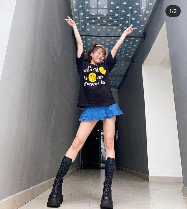 """Táo bạo diện chiếc áo khoét ngay chính diện vòng một, hot girl 9X làm CĐM """"vỡ tim"""" - 4"""