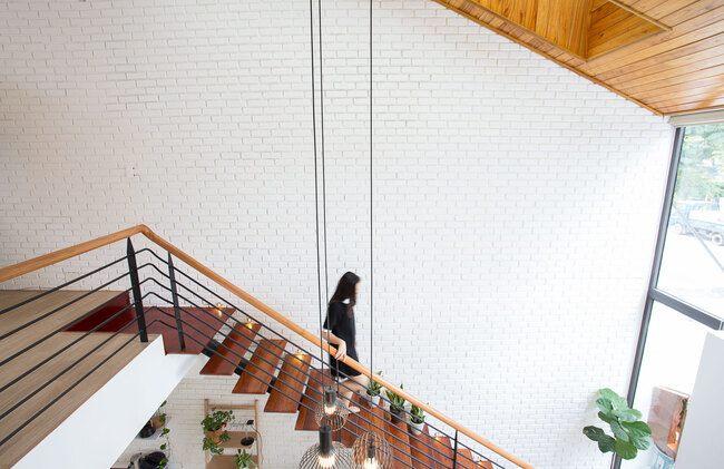 Gia chủ Đà Nẵng mang vườn vào đặt giữa nhà khiến báo ngoại cũng phải khen - 14