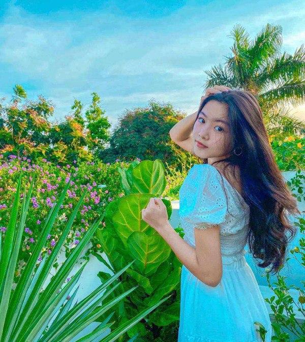 Nhan sắc chuẩn Hoa hậu, con gái Quyền Linh còn mặc có gu: Diện đơn giản mà xinh ngất ngây - 5