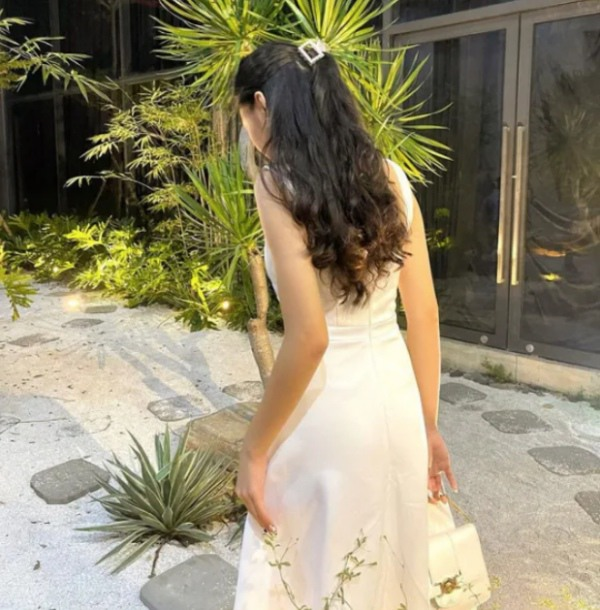 Nhan sắc chuẩn Hoa hậu, con gái Quyền Linh còn mặc có gu: Diện đơn giản mà xinh ngất ngây - 6