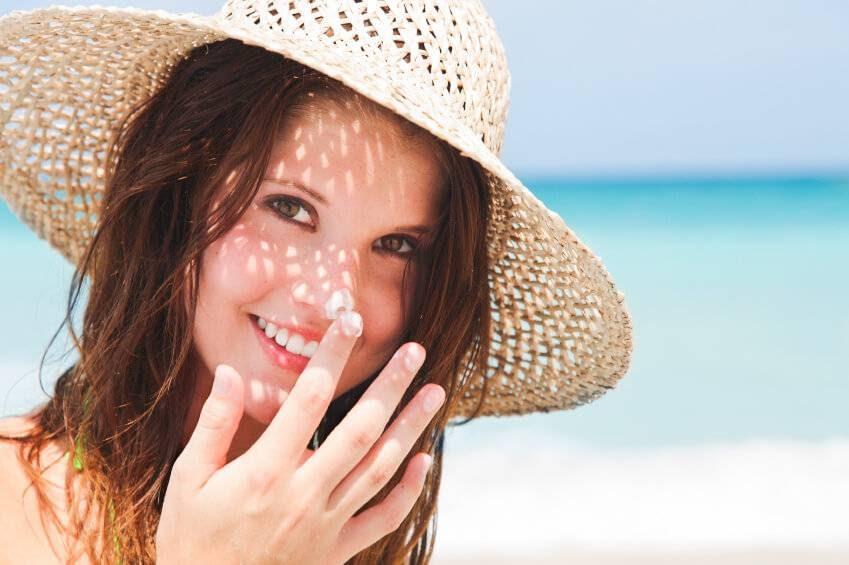 Không dùng kem chống nắng cho da mặt, hậu quả sẽ ra sao? - 3
