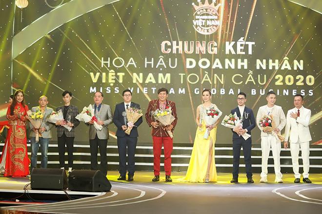 Doanh nhân Phạm Thị Hợp đăng quang Á hậu 1 Hoa hậu Doanh nhân Việt Nam Toàn cầu 2020 - 4