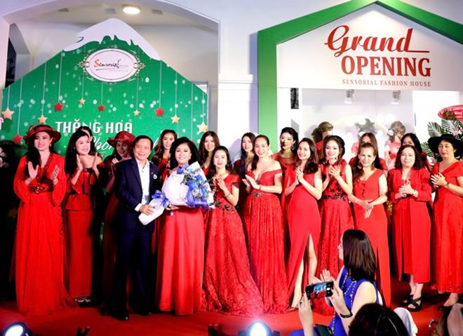 Doanh nhân và người nổi tiếng chúc mừng Sensorial Fashion House khai trương - 2