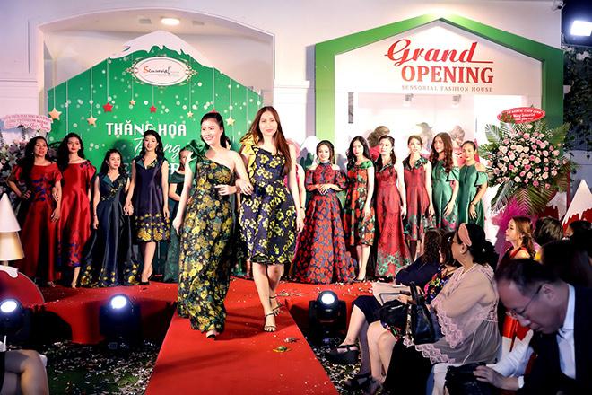 Doanh nhân và người nổi tiếng chúc mừng Sensorial Fashion House khai trương - 6