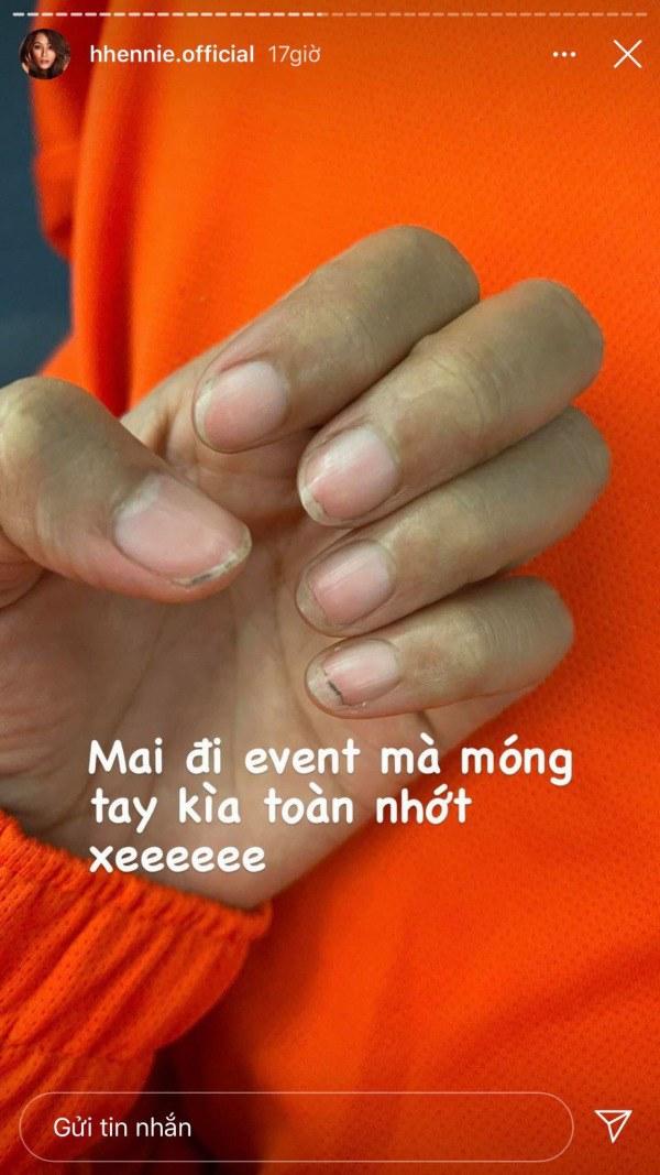 Không thể tin đây là bộ móng tay của nàng Hậu Việt đẹp nhất Thế giới - 1