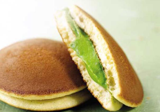 Cách làm bánh rán Doremon (Dorayaki) ngon đơn giản tại nhà