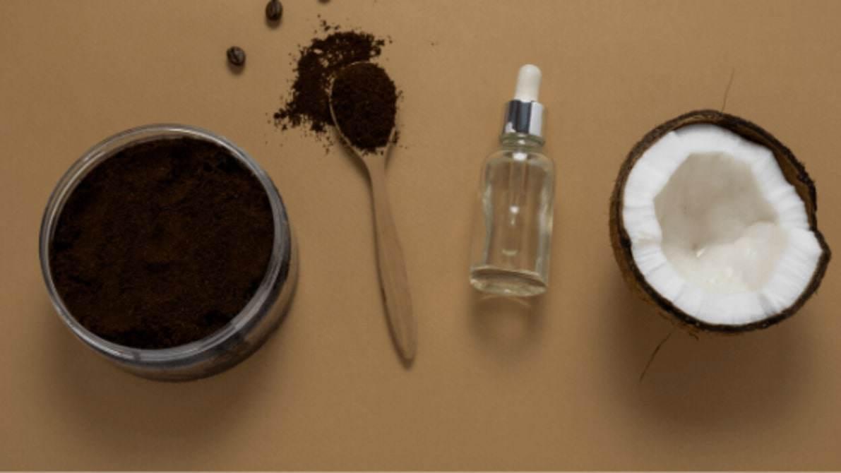 Dưỡng tóc suôn dày, chắc khỏe nhờ những bí quyết trị rụng tóc sau sinh bằng nguyên liệu tự nhiên - 1