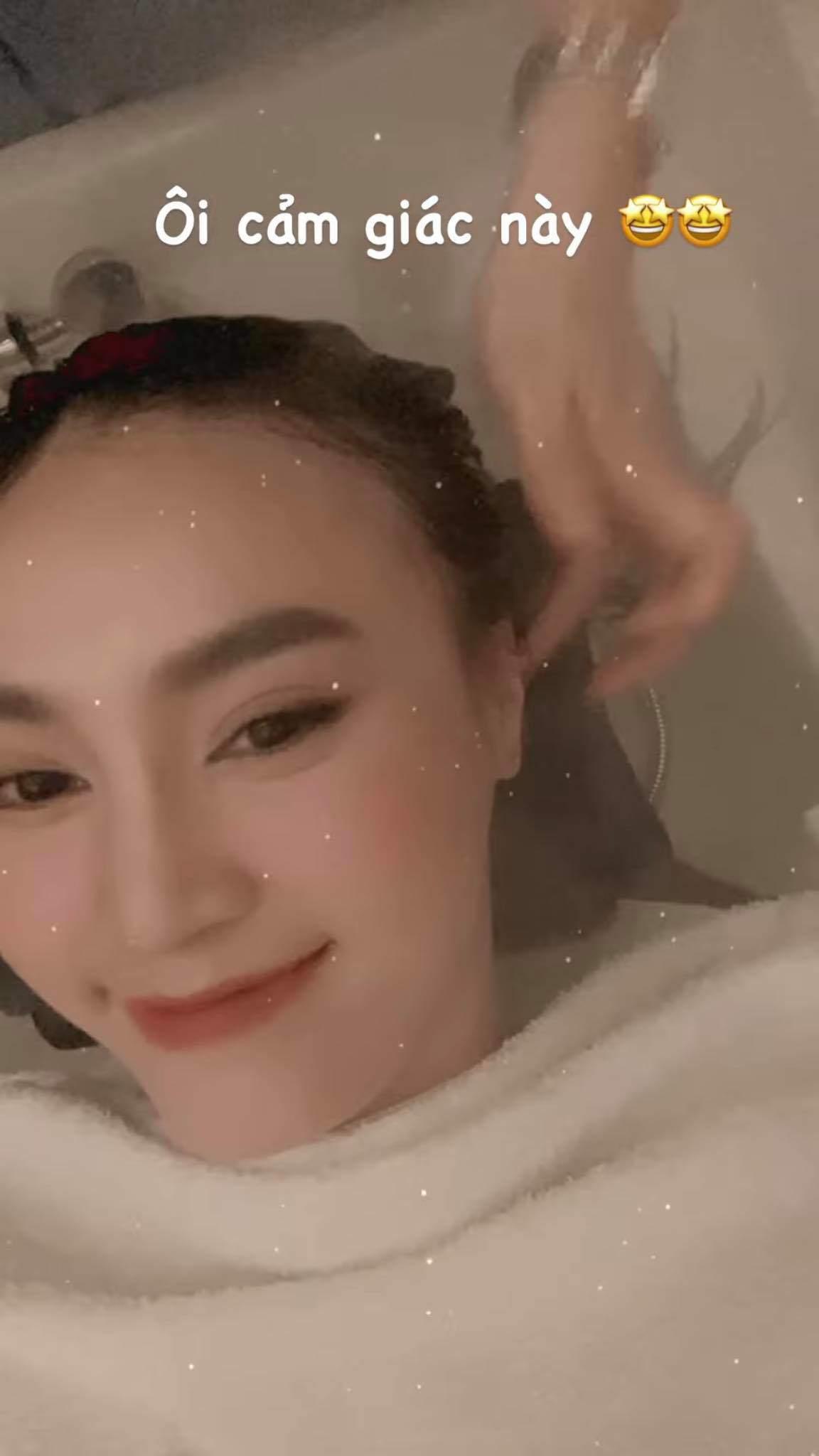 Sao Việt tưng bừng check in khoe tóc nhân ngày amp;#34;bình thường mớiamp;#34;, chất nhất gọi tên Tóc Tiên - 5